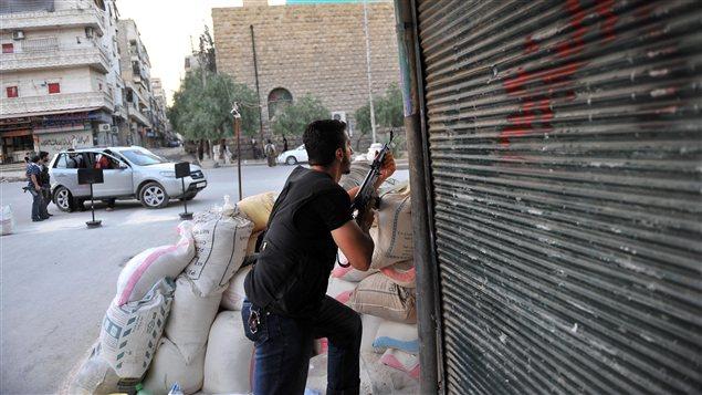 Rebelle Syrien en action