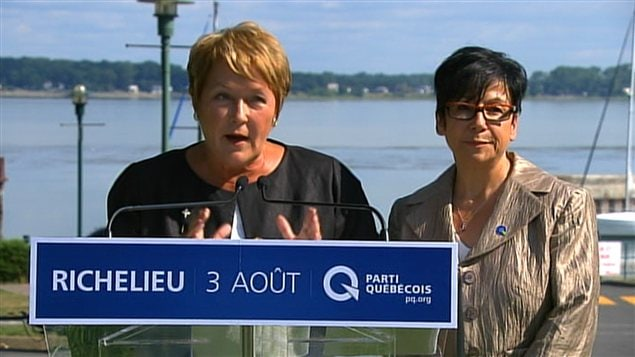 Pauline Marois dans Richelieu avec &#201;laine Zaka&#239;b.