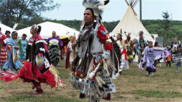 (archives) Un pow wow
