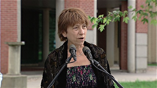 Fran&#231;oise David a parl&#233; d&#39;&#233;ducation &#224; Gatineau.