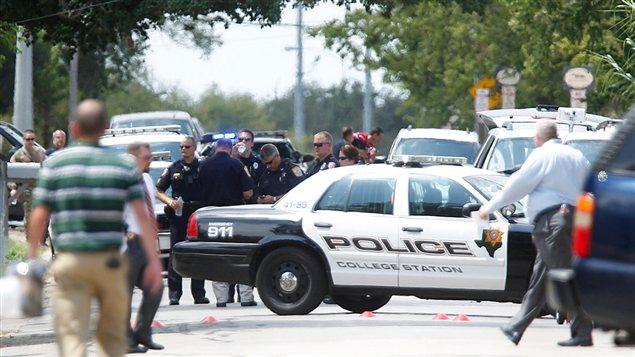 Policías en Texas.