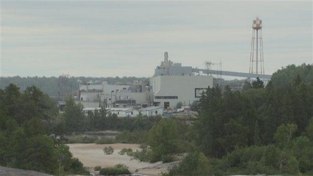 Papeterie de dolbeau mistassini reprise de la production for Papeterie gatineau