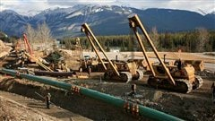 Construction d'un pipeline de Kinder Morgan