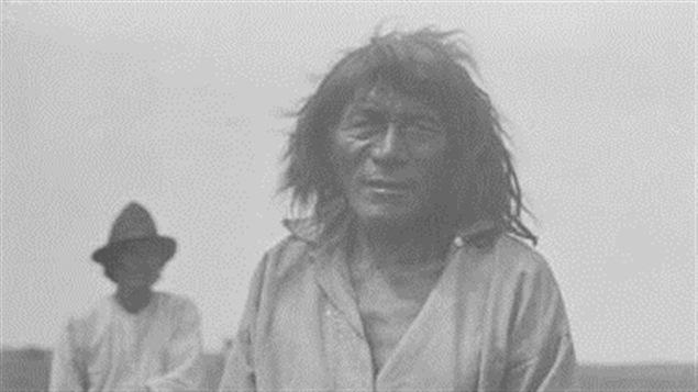 ©Bibliothèque et Archives Canada | <b>Un Autochtone cri photographié en 1884</b>