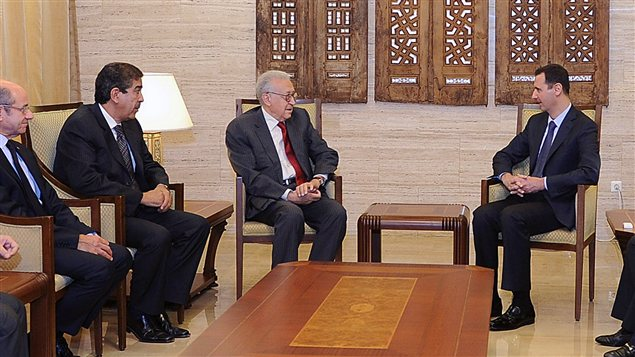 Rencontre entre Bachar Al-Assad et Lakhdar Brahimi à Damas, le 15 septembre.