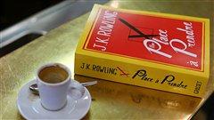 Le roman <em>Une place à prendre</em>, de J.K. Rowling  |© AFP / Thomas Samson