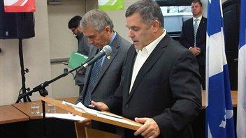 Le ministre de l'Environnement du Québec, Daniel Breton, donne son accord au sautage de 37 secondes qu'Osisko veut effectuer à sa mine de Malartic, mais avec certaines conditions.