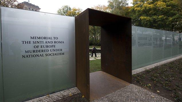 Monument inaugur� � Berlin le 24 octobre 2012 � la m�moire des Roms et Sinti qui ont �t� victimes du nazisme pendant la Seconde Guerre mondiale.