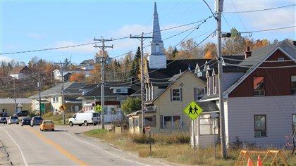 Nouvelle voie de contournement à Longue-Rive : les craintes des commerçants ... - Radio-Canada