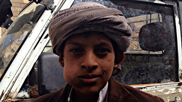 Même les enfants consomment le qat, une plante euphorisante dont les effets sur la santé sont désastreux.