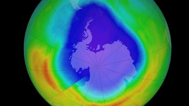 Comment se porte la couche d 39 ozone les samedis du monde ici radio canada premi re - Trou de la couche d ozone ...
