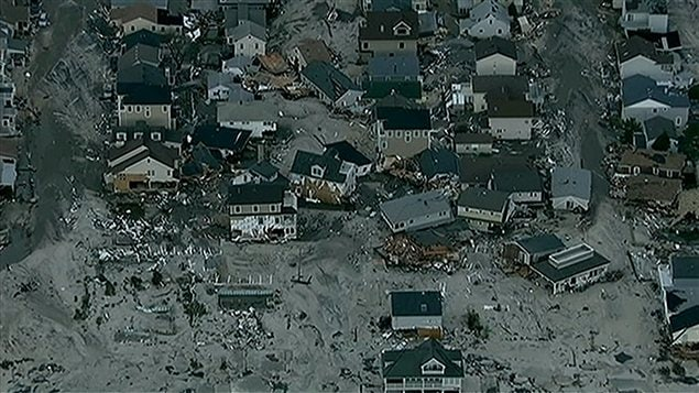 Scène de destruction sur les côtes du New Jersey.