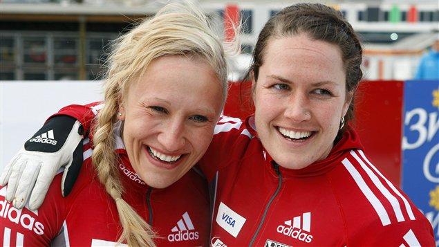 Kaillie Humphries et Jennifer Ciochetti (droite)