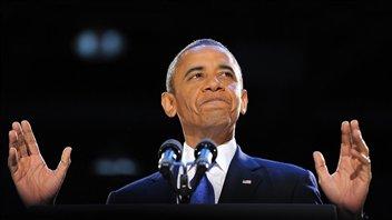 Barack Obama prononce son discours de victoire devant ses partisans à Chicago.