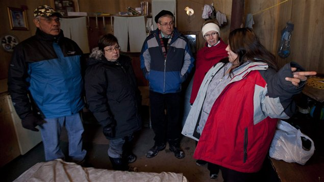Logement dlabr  Attawapiskat, il y a un an.