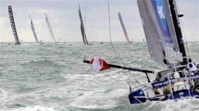 Dix-neuf skippers participent au tour du monde � la voile en solitaire.