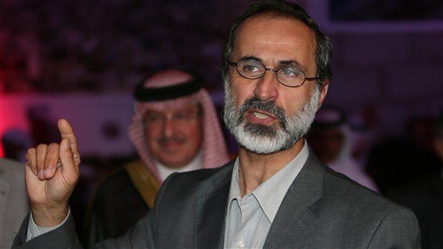 Le cheikh Ahmad Moaz Al-Khatib, président de la nouvelle Coalition nationale syrienne des forces de l'opposition et de la révolution.