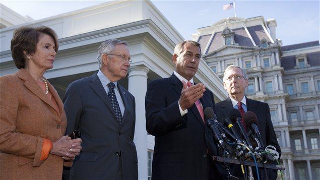 Nancy Pelosi (démocrate), Harry Reid (démocrate), John Boehner (républicain), Mitch McConnell (républicain), le 16 novembre.