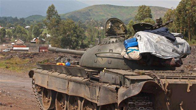 Char de l'armée congolaise près de Goma, dans l'est de la République démocratique du Congo