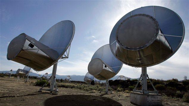 Photo d'antennes radio du SETI (7 octobre 2007), Hat Creek, Californie