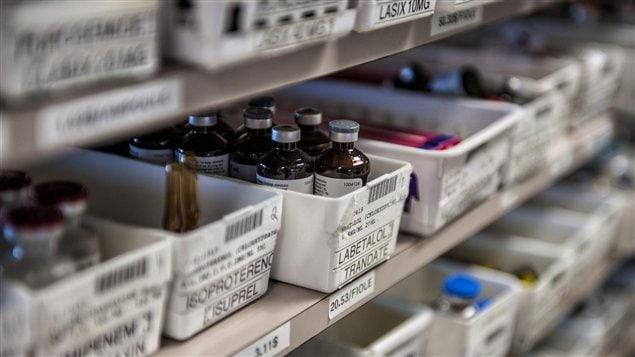 Le catalogue du CHUS comporte environ 1500 médicaments.