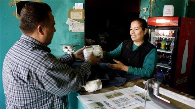Un État du Mexique a décidé d'imprimer les photos des enfants et femmes disparus sur les paquets de tortillas.