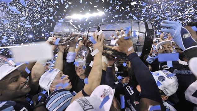 Les Argonauts de Toronto remportent la 100e Coupe Grey.
