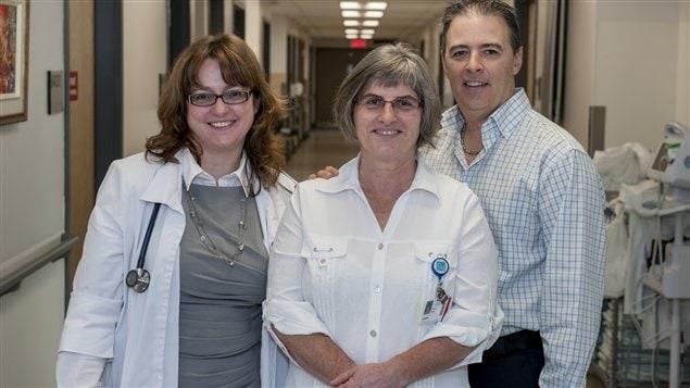Quelques membres de l'unité des soins palliatifs du CHUS, Dre Caroline Lecomte, l'infirmière Adrienne Ouellet et le chef de l'unité, Christian Houde