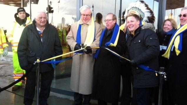 Winnipeg ikea ouvre ses portes des milliers de - Ouverture ikea lyon ...
