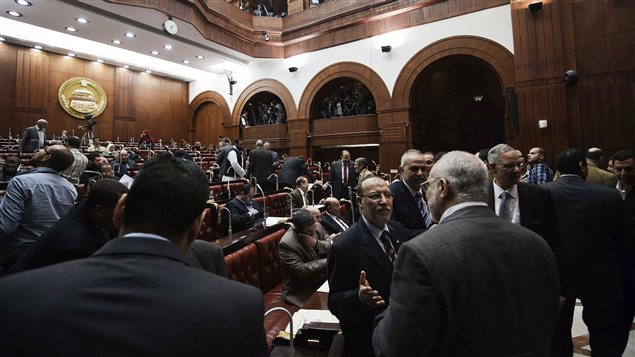 L'Assemblée constituante le jour de l'adoption du projet de Constitution