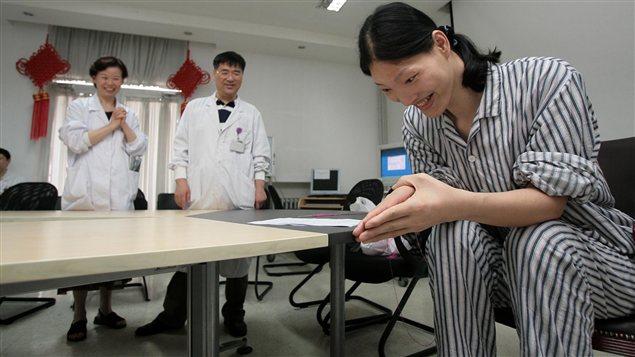Yao Defen, la femme la plus grande du monde, est morte