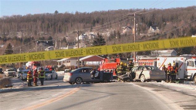 La route 173 a été fermée à la circulation pendant plusieurs heures afin de permettre aux policiers de reconstituer la scène.