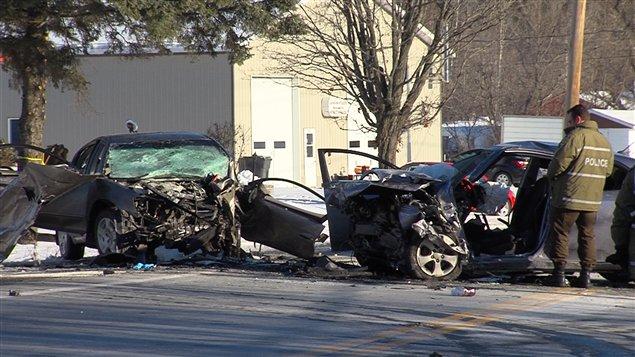 La collision a fait trois morts