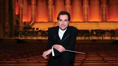 Le directeur musical du Vancouver Bach Choir, Leslie Dala (photo Karen Tregillas)