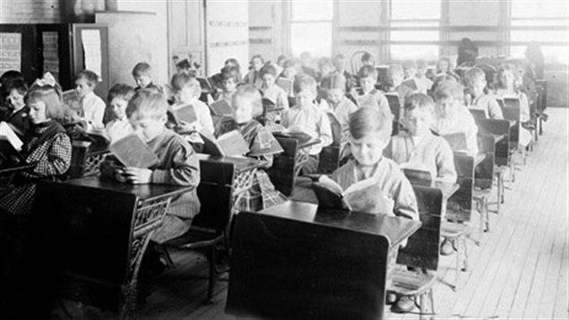 Séance de lecture à l'école