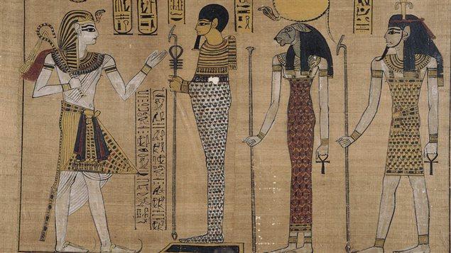 Reproduction d'un papyrus représentant le règne de Ramsès III en exposition à Venise, en Italie, en 2003.