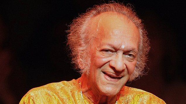 Le virtuose du sitar, Ravi Shankar, décédé à l'âge de 92 ans