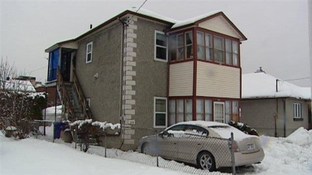 L'édifice de la rue Oak est considéré comme impropre à l'habitation, selon un inspecteur immobilier embauché par Logemen'occupe.