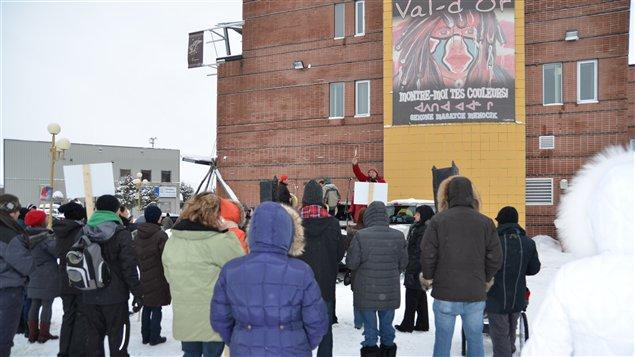 Une cinquantaine de personnes se joignent au mouvement autochtone Idle No More à Val-d'Or.
