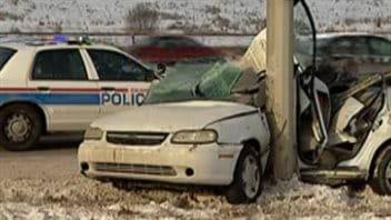 Une voiture accidentée à Calgary