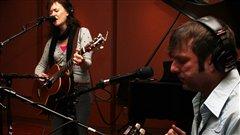 Mara Tremblay et Sunny Duval. Radio-Canada/Cécile Gladel
