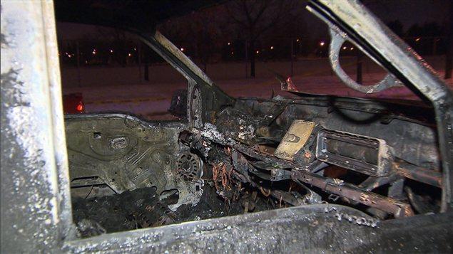Une camionnette de déneigement incendiée