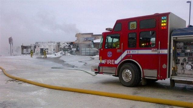 L'incendie a endommagé huit commerce dont trois ont complètement été détruit.