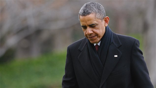 Le président Obama rentre à Washington après de brèves vacances à Hawaï.