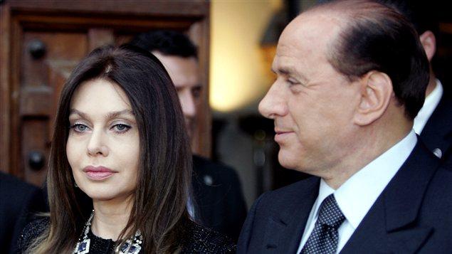 L'ex-premier ministre Silvio berlusconi et son ex-femme Veronica Lario