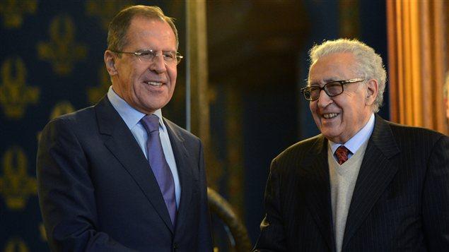 L'émissaire des Nations unies pour la Syrie, Lakhdar Brahimi et le ministre russe des Affaires étrangères, Sergeï Lavrov