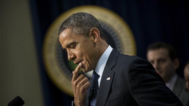 Barack Obama rend compte des derniers développements concernant le mur budgétaire.