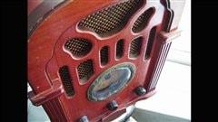 <b>Vieille radio</b> | �iStockphoto