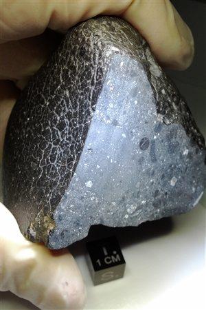 La météorite NWA (Northwest Africa) 7034 est surnommée Beauté noire