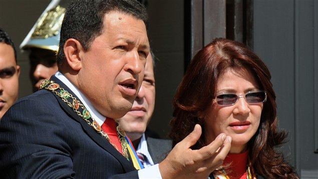 Le président du Venezuela, Hugo Chavez, et la présidente de l'Assemblée nationale, Cilia Flores, à Caracas en janvier 2009